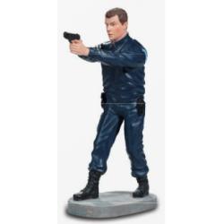 STATUETTE POLICIER DEBOUT TIRANT